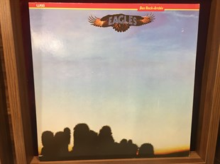 EAGLES - THE EAGLES
