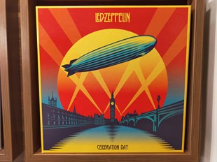 LED ZEPPELIN - CELEBRATION DAY (3LP BOX SET)