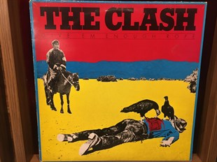 THE CLASH - GIVEEM ENOUGH ROPE
