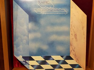Traffic ‎– The Low Spark Of High Heeled Boys